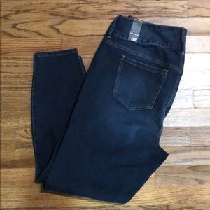 Torrid new with tags size 16 jeggings